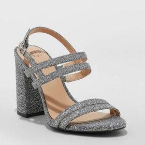 Silver Wedding/Prom/Bridesmaid Heels/Pumps-7/9/11